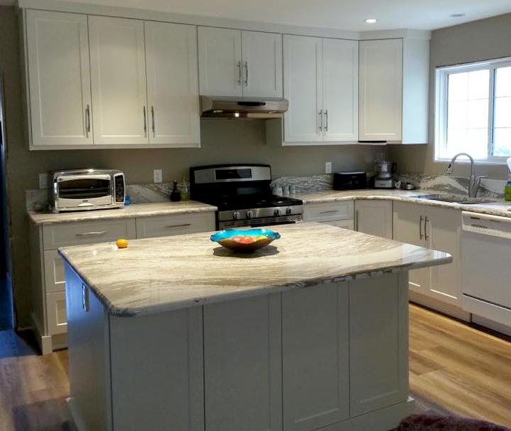 Kitchen Cabinets Kelowna: Oceanic Oakmoor Cambria Quartz